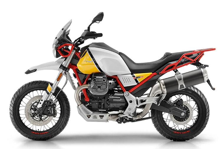 Moto modelo V85 TT 5. Marca Motoguzzi