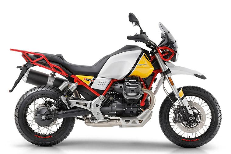 Moto modelo V85 TT 6. Marca Motoguzzi