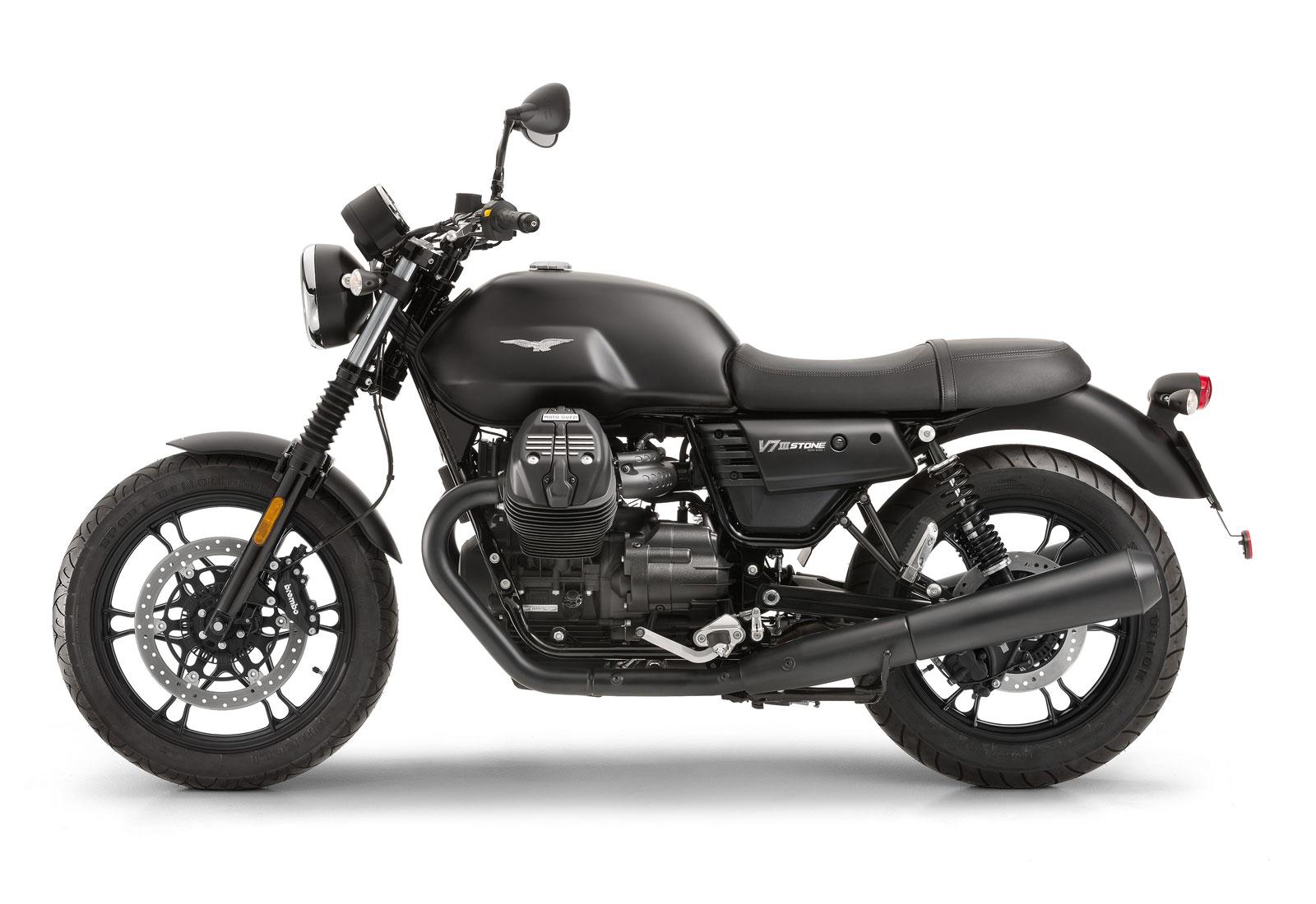 vista lateral izquierdo de la moto guzzi V7 iii stone